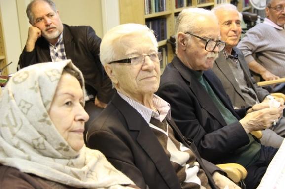 از راست: محمد روشن و احسان اشراقی