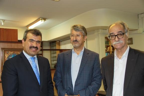 دکتر محمود عابدی، دکتر اکبر ایرانی، عبدالغفور لیوال
