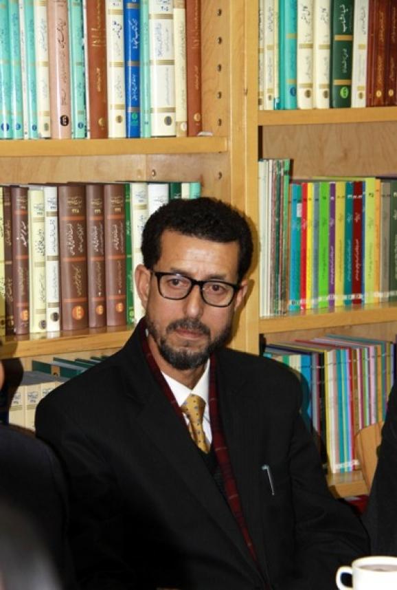 دکتر غلام نبی خاکی، رئیس مرکز مطالعات آسیای غربی دانشگاه کشمیر