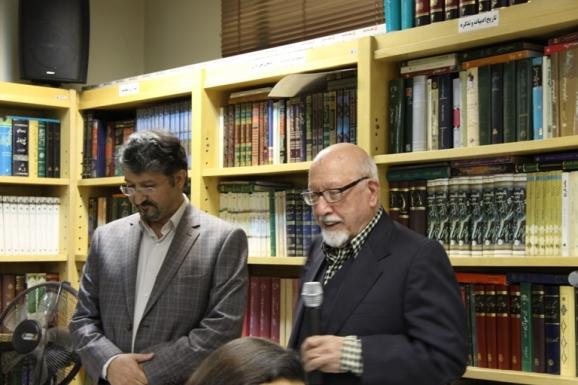 عباس حری کرمانی - مؤسس مؤسسۀ ملی زبان و اکبر ایرانی - مدیرعامل مرکز پژوهشی میراث مکتوب
