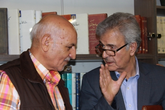 از راست: اصغر دادبه و قاسم صافی