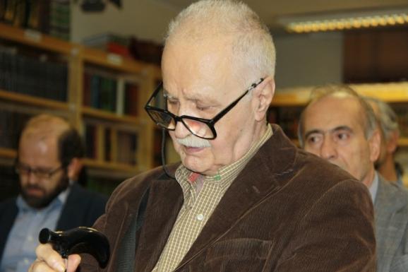 محمد روشن - مصحح جامع التواریخ
