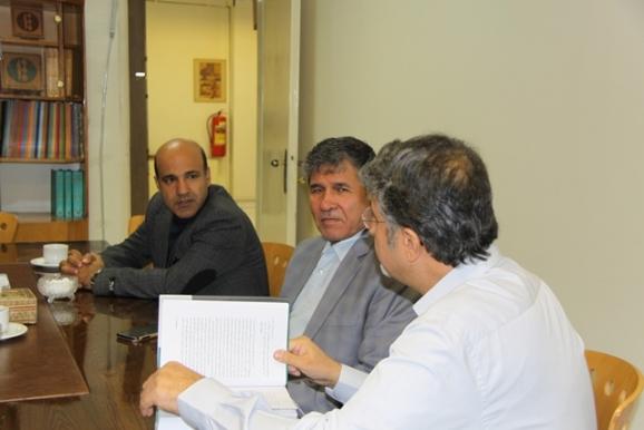 دکتر اکبر ایرانی- دکتر محمدجعفر یاحقی- دکتر سید مهدی زرقانی