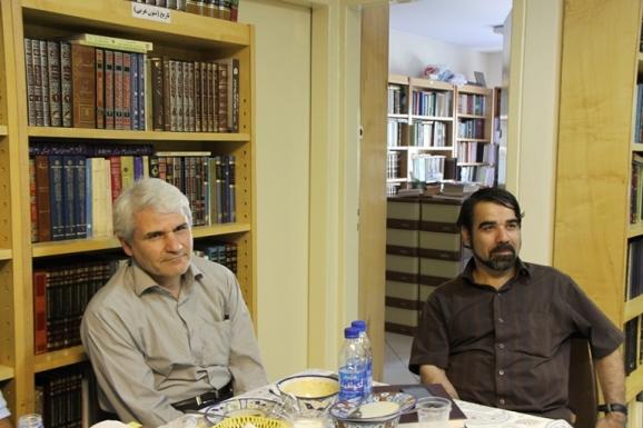 از راست: دکتر محمدرضا موحدی و دکتر محمدرضا ترکی