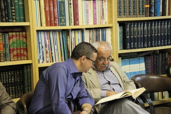 از راست: دکتر حسین معصومی همدانی و علی بهرامیان