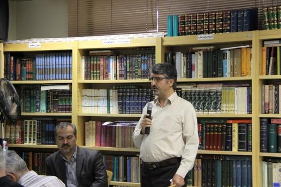 اکبر ایرانی - مدیرعامل مرکز پژوهشی میراث مکتوب