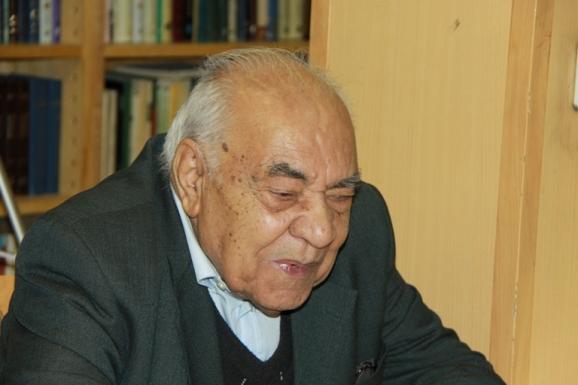 دکتر جواد صفی نژاد
