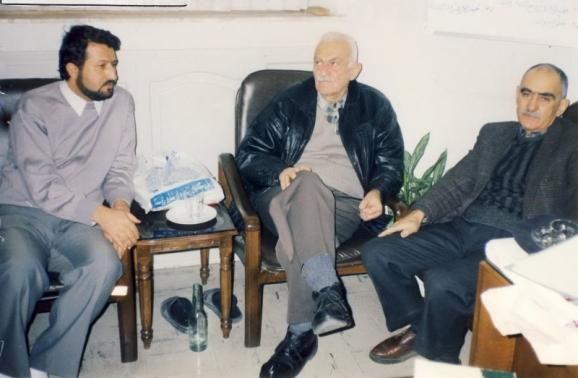 از سمت راست استاد ایرج افشار، دکتر منوچهر ستوده و اکبر ایرانی