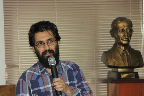 سید عبدالرضا موسوی طبری - شاعر و پژوهشگر